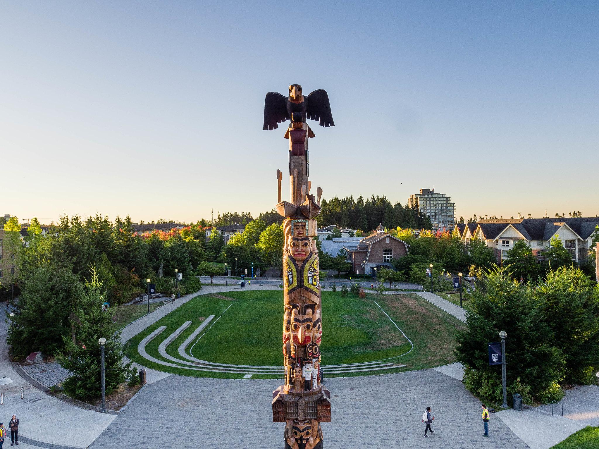 Reconciliation Pole, Hereditary Chief 7idansuu (James Hart), Haida.